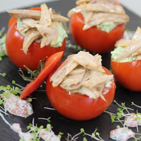 Tomates rellenos de Ventresca Campos