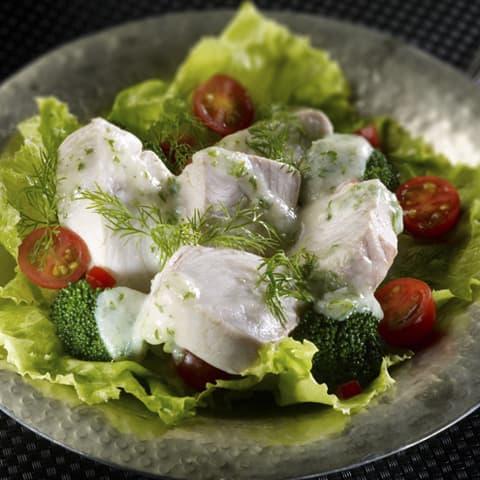 Ensalda de Atún Campos con Salsa de Yogur al Hinojo